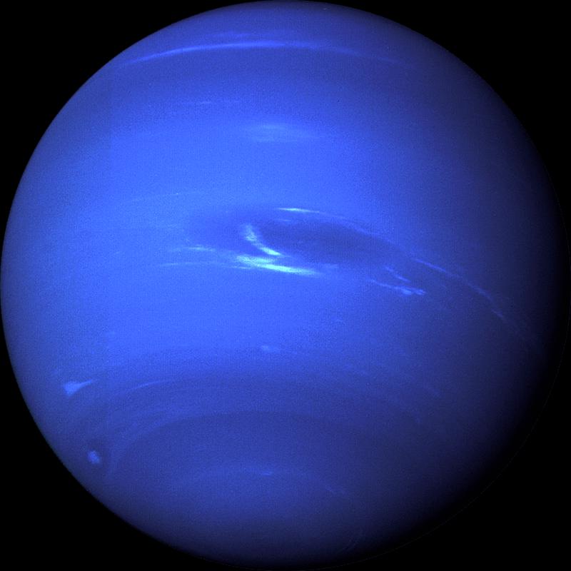 Фотография планеты Нептун. Сделана космическим аппаратом Вояджер 2 в 1989
