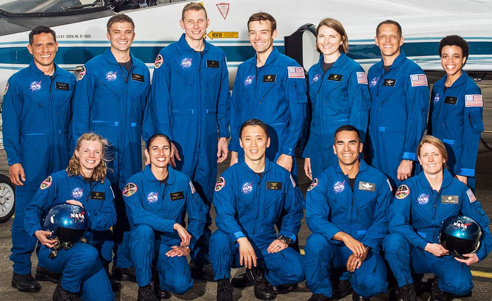 12 космонавтов NASA, которые полетят на Марс