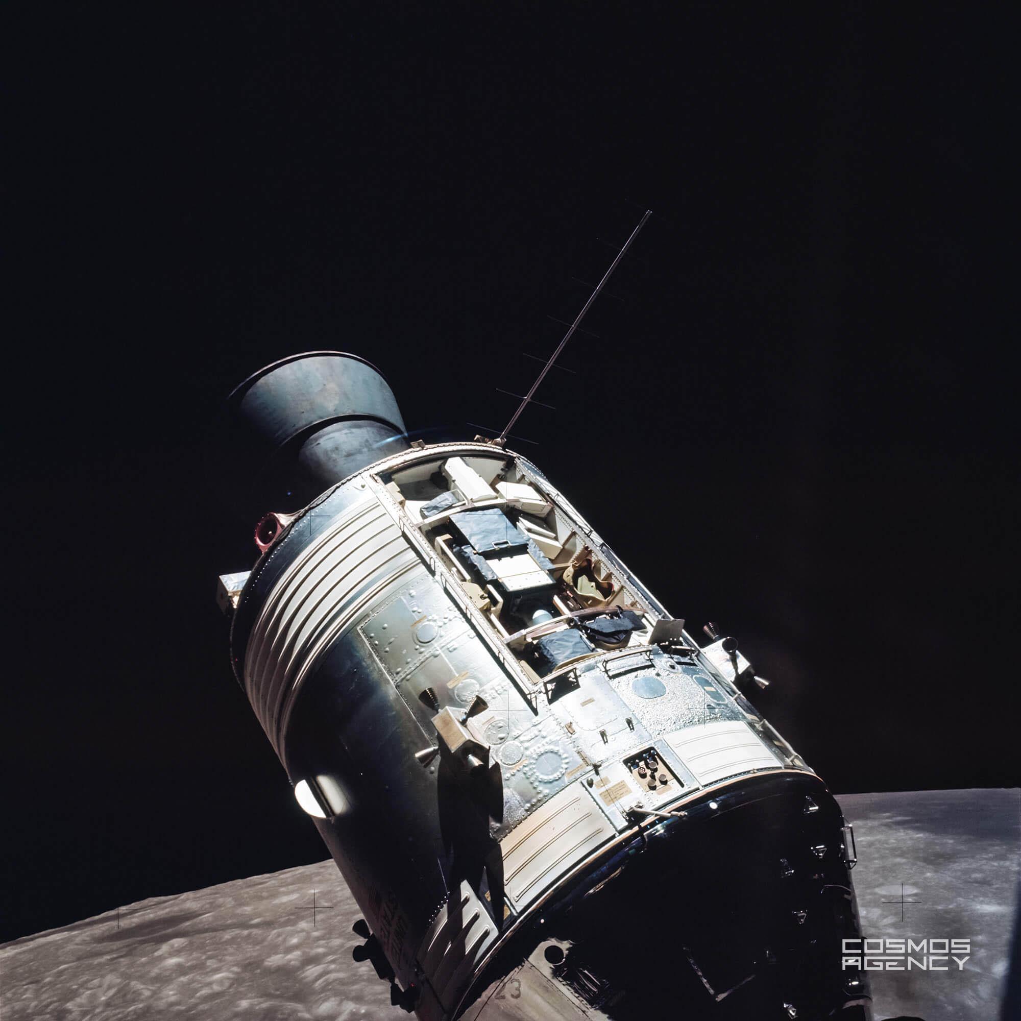 Командный/служебный отсеки космического корабля Аполлон во врея рандеву, Аполлон 17, 1972
