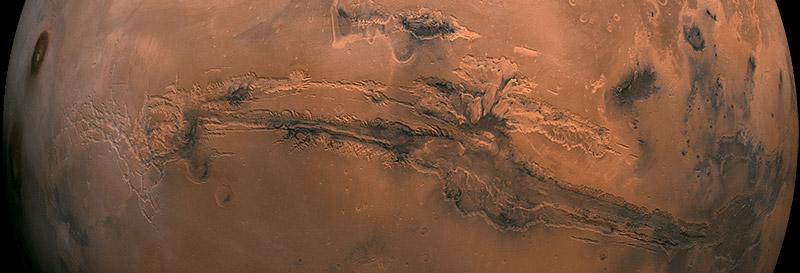 Долины Маринер (Valles Marineris) — система каньонов на Марсе.
